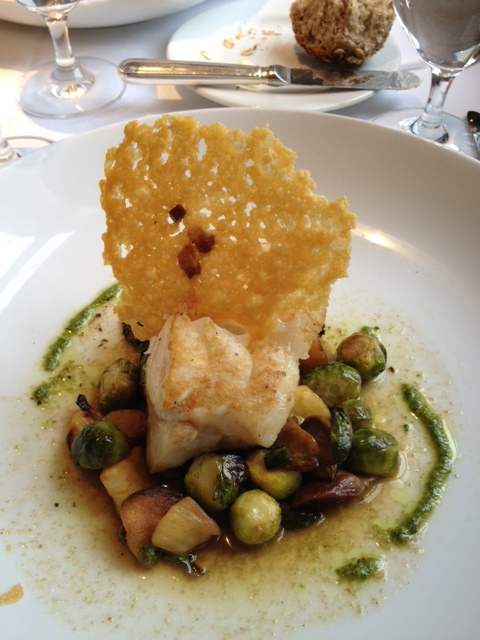 We usually order the pan-roasted cod. (polloplayer photo)