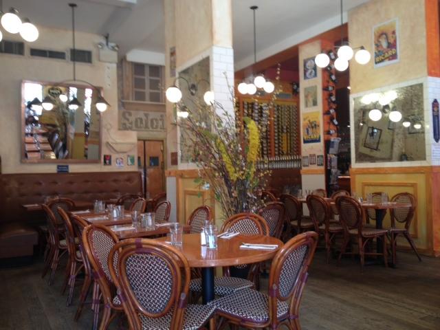 A little corner of Provence in NYC: Cafe du Soleil