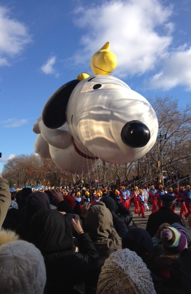 Snoopy starts off the parade