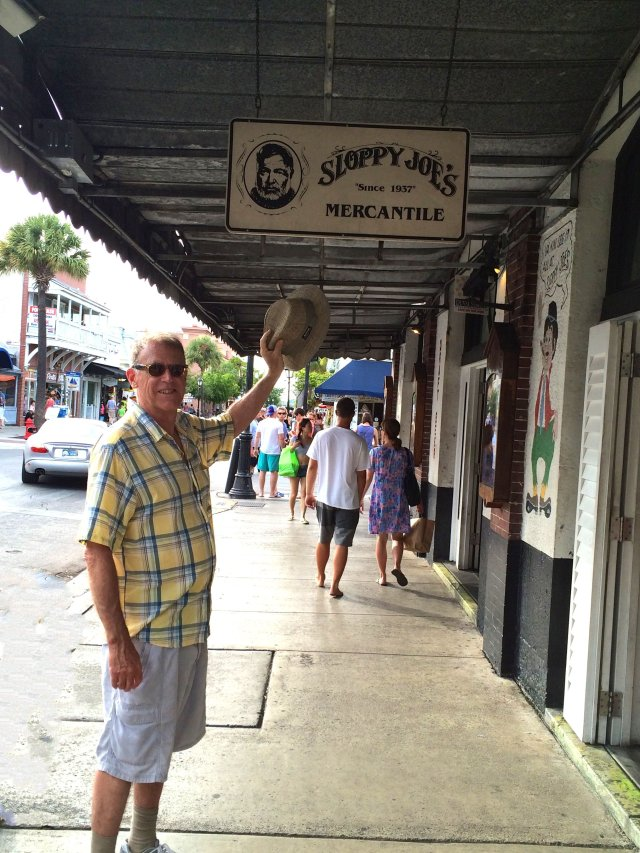 Looking for our Hemingway fix: Sloppy Joes on Duval Street in Key West