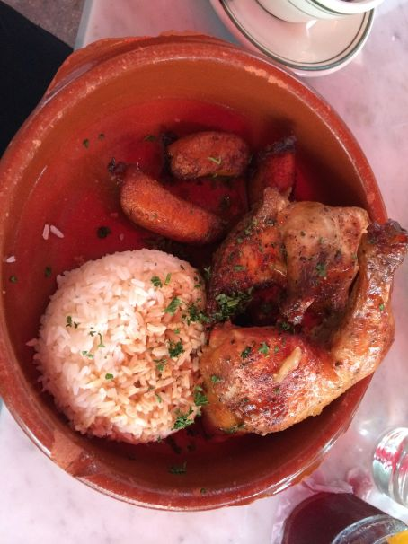 If you go, definitely have the Fricase de Pollo!