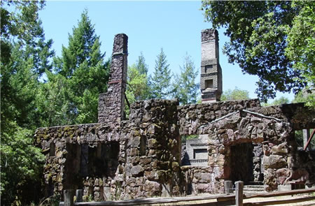 The ruins of London's 15,000 square foot Wolf House, which burned to the ground just as construction was finished in 1913.(image from parks.sonoma.net)