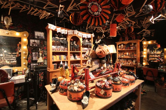 Rooms and rooms of spooky pleasures for purchase at Roger's Gardens in Corona del Mar. (image from ghouliegirls.blogspot.com)