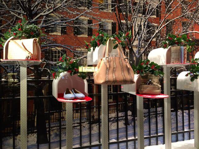 Bottega Veneta's clever holiday window