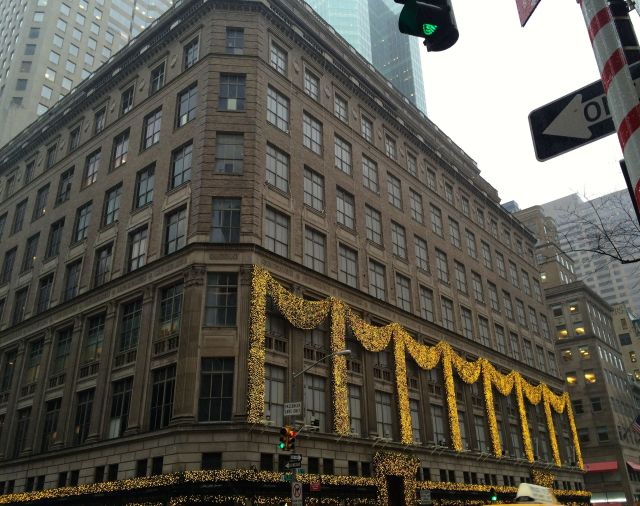 Where did Saks Fifth Avenue's snowflakes go? I miss them!