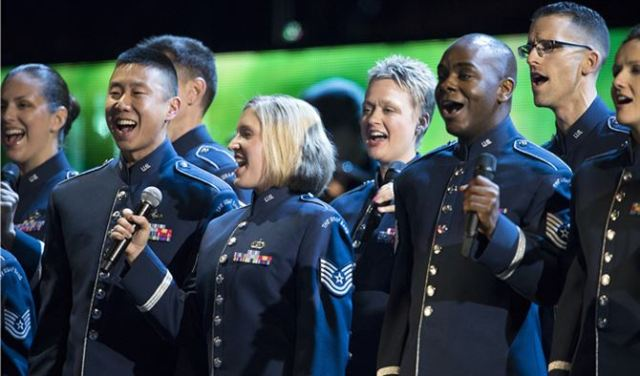The Air Force Singing Sergeants (image from www.af.mil)