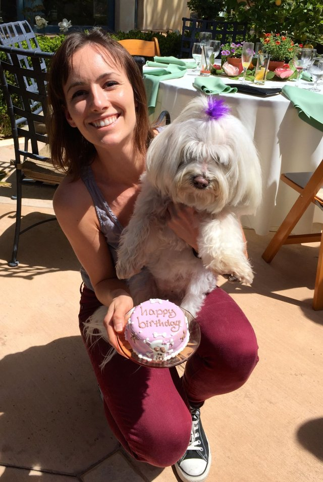 Victoria came all the way up from LA to deliver a personal birthday cake to the Tart.