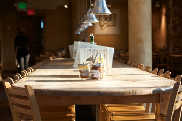 A typical communal table at Le Pain Quotidien (image from lepainquotidien.com)