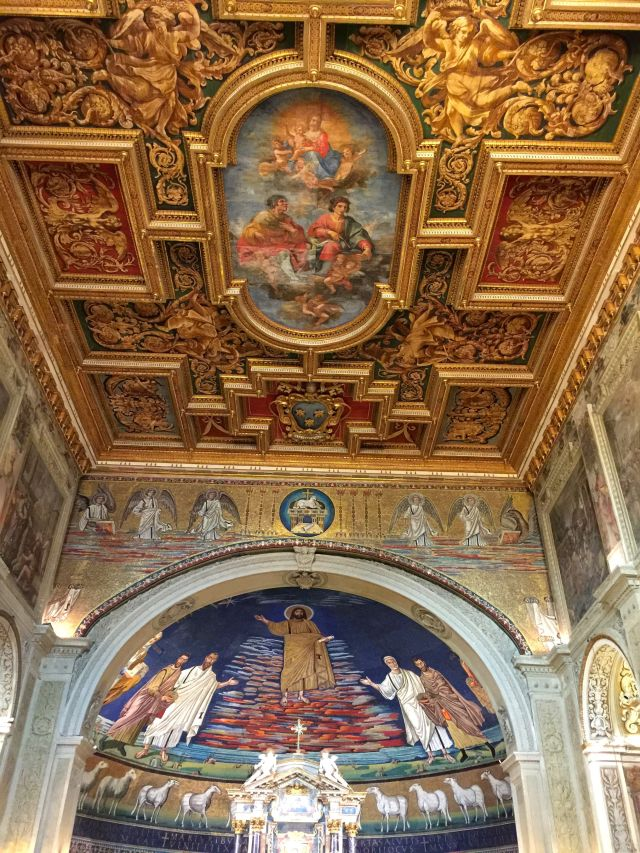 The exquisite basilica of Santi Cosma e Damiano.