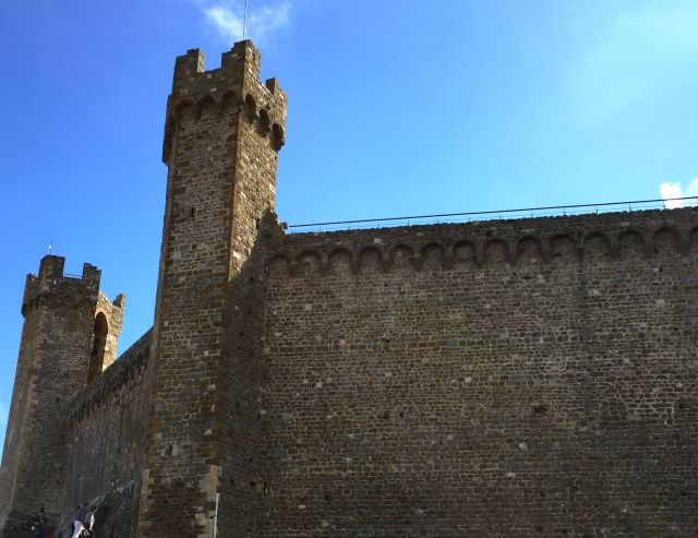 The fortress at Montalcino fended off centuries of attacks until the town was eventually subdued by Florence in the mid-1500's