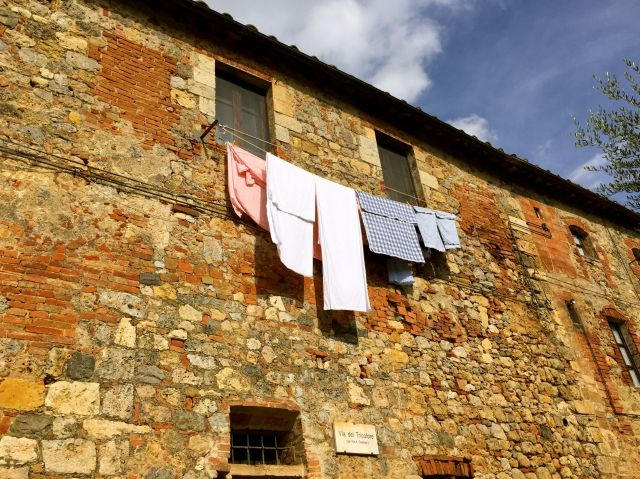 Unspoiled: they still hang their laundry out to dry in Monterrigioni.