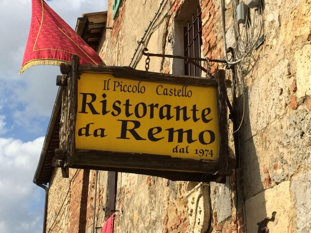 Recommended for lunch in Monterrigioni.